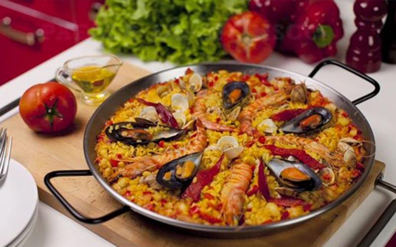 Cơm hải sản arroz de marisco